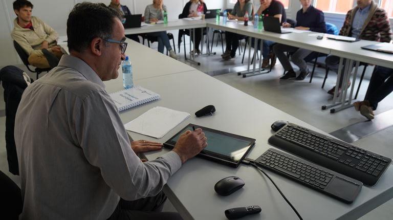 Ali Demirci en cours en Suisse