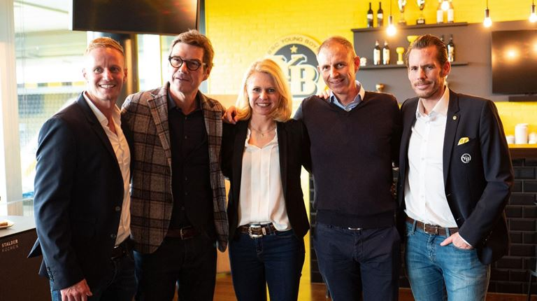 Group picture strategic sponsorship with BSC Young Boys