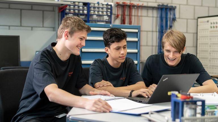 Technische Lernende_Gruppe